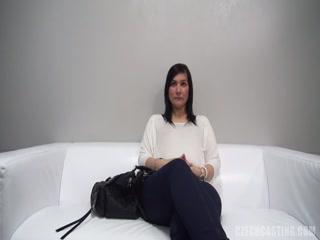 Порно видео зрелой женщины, которая любит ебаца в пизду