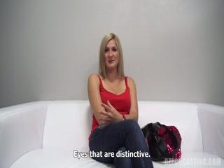 Смотреть порно видео кастинга блондинки с окончанием в пизду - смотреть